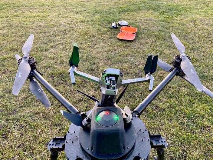 gotowy dostartu dron
