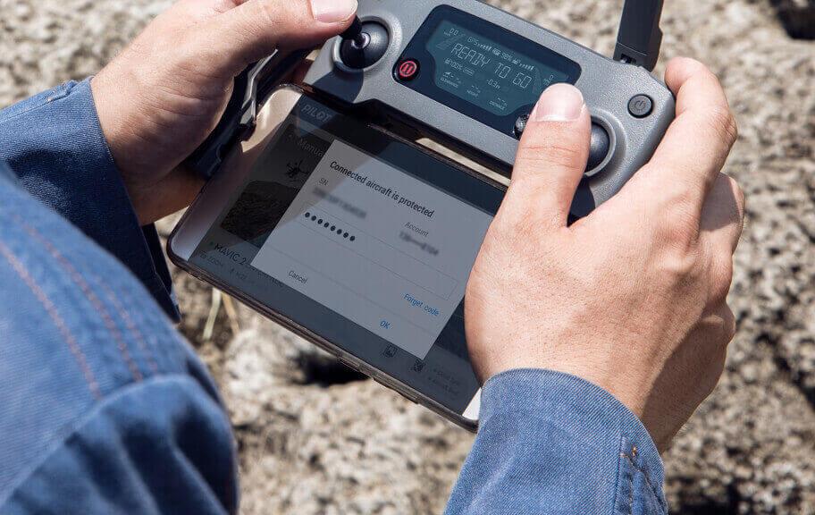dron Mavic 2 Enterprise Dual DJI kontroler wużyciu