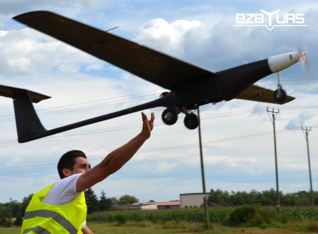 Fixed wings UAV